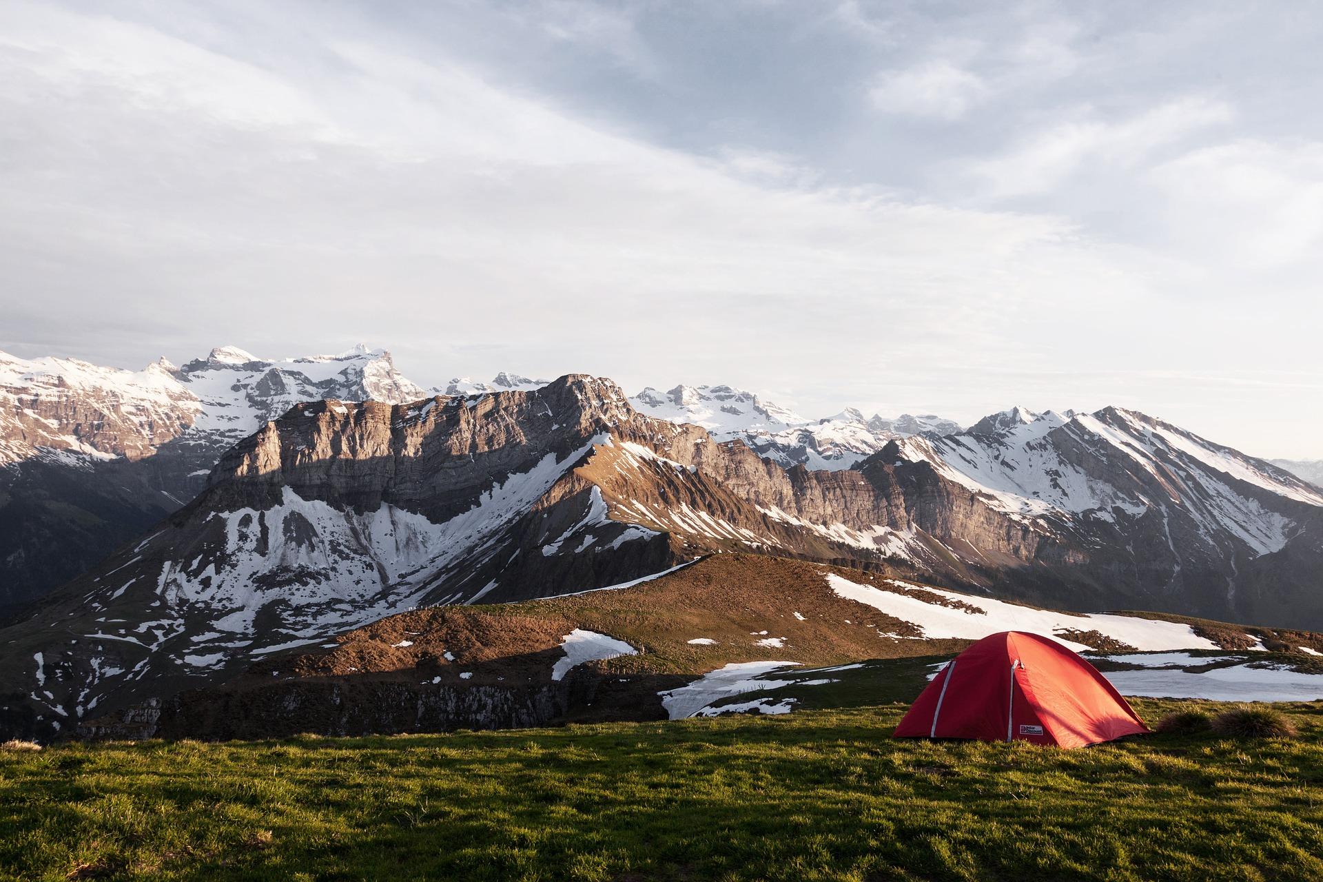 初キャンプはどの季節にいくのがいいの?